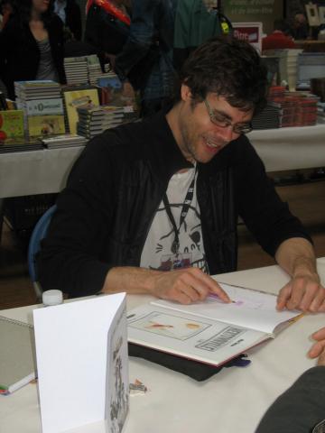 Michel Falardeau en dédicace