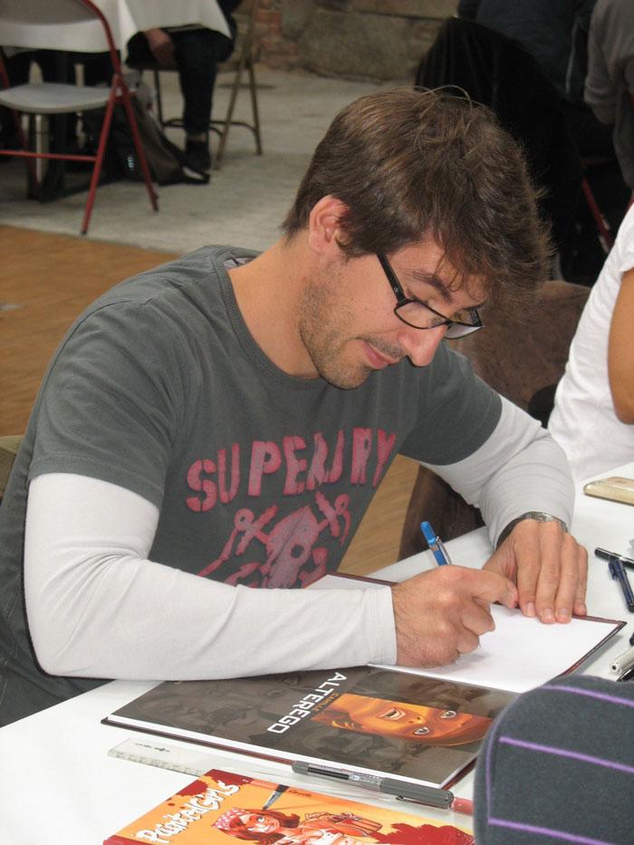 Mathieu Reynes en dédicace